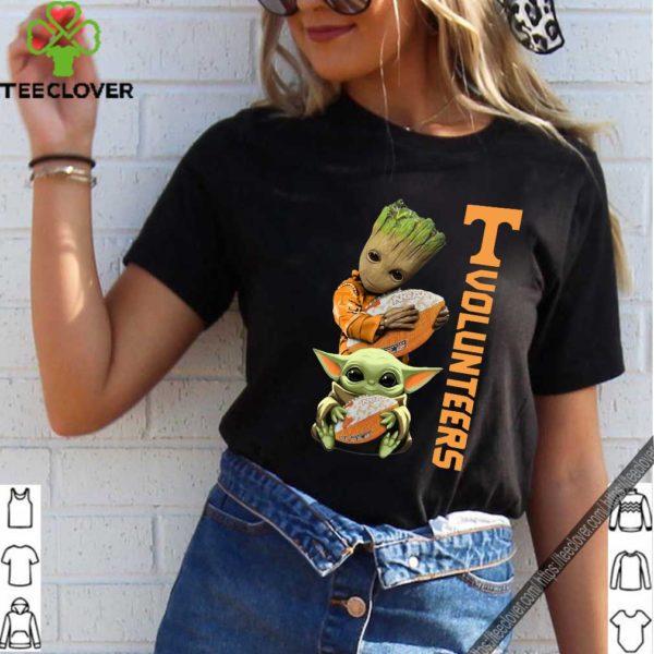 Baby Groot And Yoda Hug Tennessee Volunteers Shirt