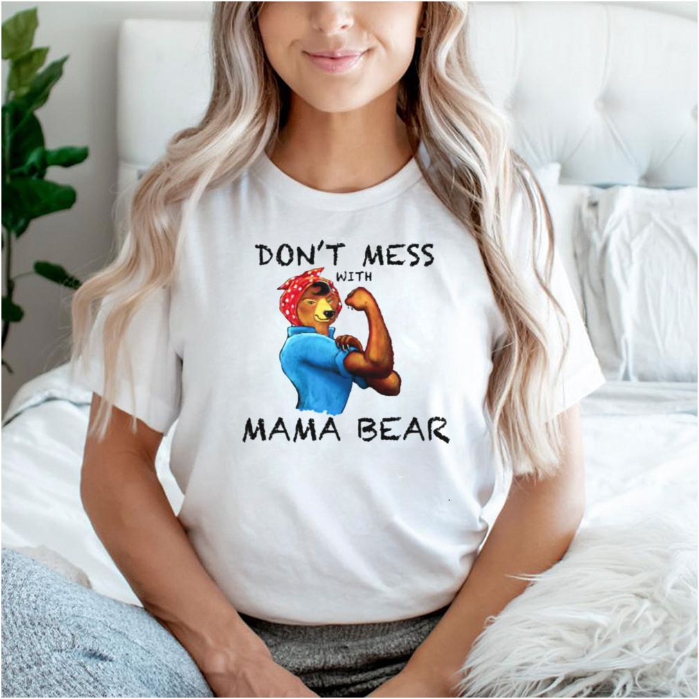 Mama Bear Dont Mess with Cute Graphic T Shirt