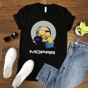 Minions hug Mopar logo shirt