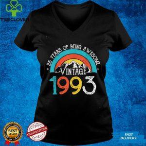 28 Years Old Vintage 1993 28th Birthday Men Women T Shirt