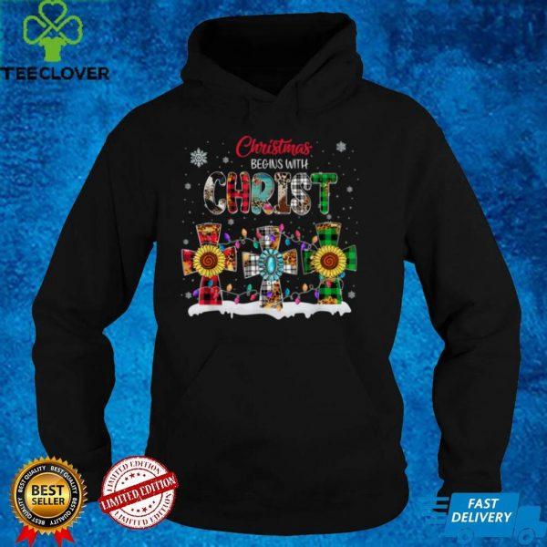 Christmas Begins With Christ Buffalo Plaid Jesus Cross Xmas T Shirt (2)
